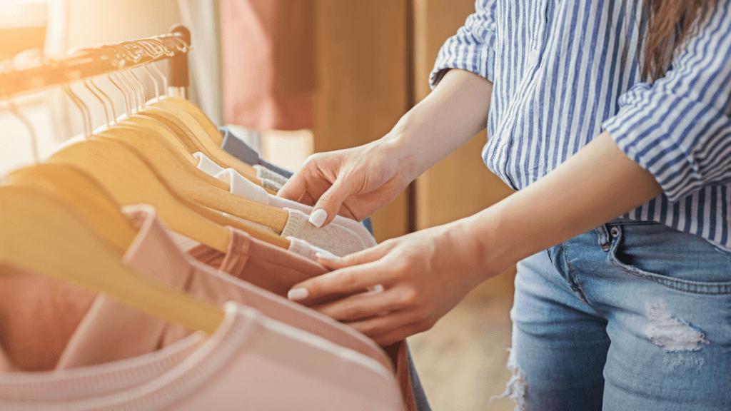 Apģērbu pakaramie